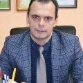 """Заробітна плата та новий автомобіль селищного голови Іршанська, чий """"родич"""" Віктор Фарафонов порізав 9 людей"""