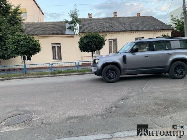 У Житомирі помічене унікальне авто. ФОТО