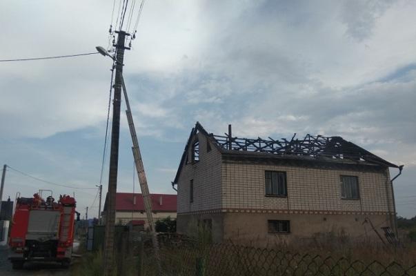 На Житомирщині через блискавку за добу виникло три пожежі