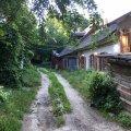 Старий житомирський дворик на вулиці Лермонтівській сьогодні вранці. ФОТО