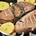 Найбільш поширені звички на кухні, які можуть зашкодити здоров'ю
