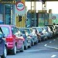 На Житомирщині митники конфіскували автомобілі, які намагалися ввести в Україну за «липовими» документами