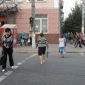 У Радомишлі авто збило чоловіка, який переходив вулицю на червоне світло