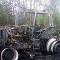 Під Житомиром на полі згорів трактор