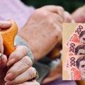 Удар исподтишка: Пенсионный фонд начнет штрафовать стариков. Озвучена причина