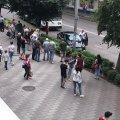 На Київській у Житомирі аварія: авто врізалось в стовп. ВІДЕО