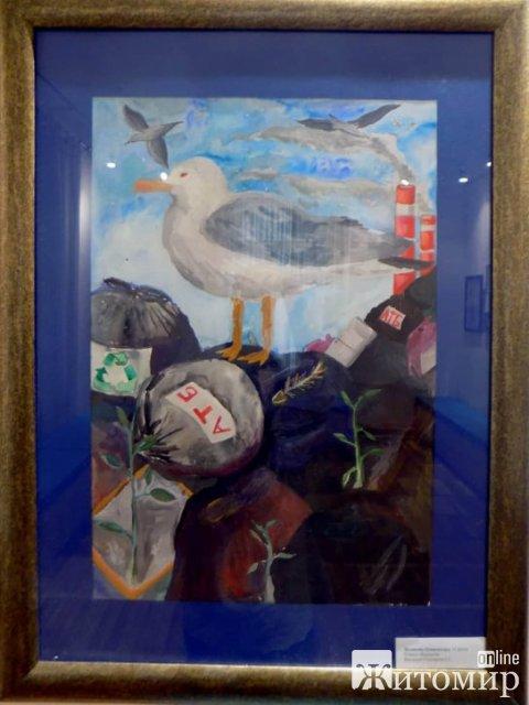 У Житомирі художня школа імені Віктора Шкуринського презентує живописні  роботи учнів. ФОТО