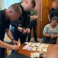 В Олевську жінка хотіла за тисячу доларів відкупити свого брата від кримінальної справи