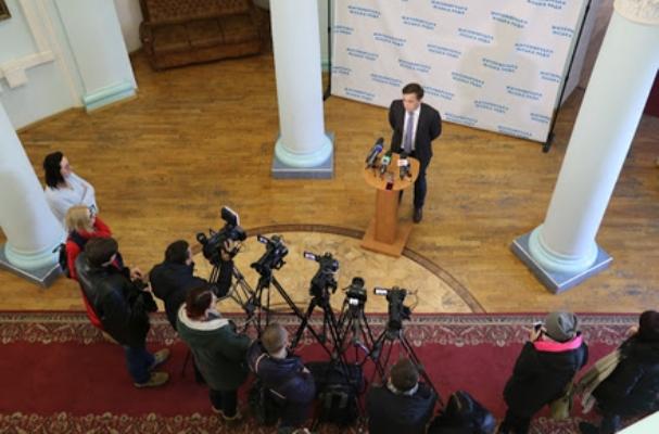 Напередодні місцевих виборів влада Житомира заплатить 160 тис. грн за відеосюжети про мера та депута ...