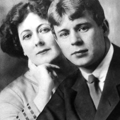 Сергей Есенин и Айседора Дункан: любовь живет два года