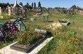 На Житомирщині діти розважались на кладовищі та пошкодили 9 могил