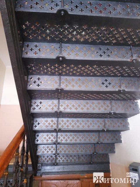 На Денишівському чавунному заводі виготовляли литі сходи. ФОТО