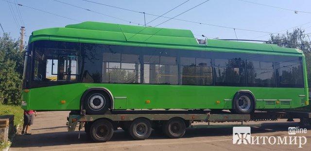 До Житомира прибула ще партія нових автобусів. ФОТО