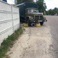 У Житомирі водій-ас позбивав скати та смітник, поліція на дзвінок не відповіла. ФОТО