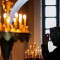 На Житомирщині жінку обікрали прямо у церкві
