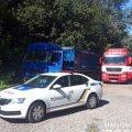 Під Житомиром поліція затримала дві фури з львівським сміттям