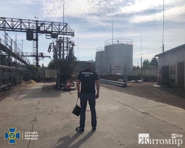 """СБУ викрила на Житомирщині """"підприємців"""", які допомогли аграріям у формуванні незаконного податку на понад 12 млн грн"""