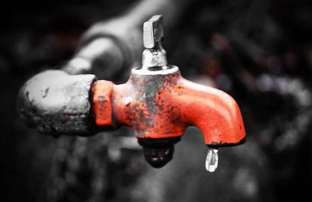 Сьогодні вночі по всьому Житомиру буде знижено тиск води