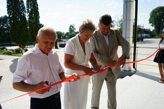 На Житомирщині відремонтували школу на 38 мільйонів гривень. ФОТО
