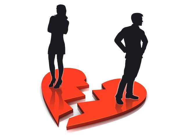 Почему распадаются семьи: 5 частых причин развода