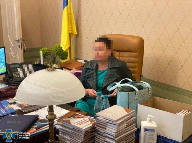 СБУ спіймала на хабарі голову Харківського окружного адмінсуду. ФОТО