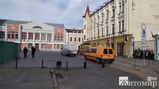 Михайлівська у Житомирі більше не пішохідна вулиця? ФОТО