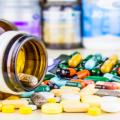 """МОЗ попереджає про шахраїв, що продають """"ліки"""" від коронавірусу"""