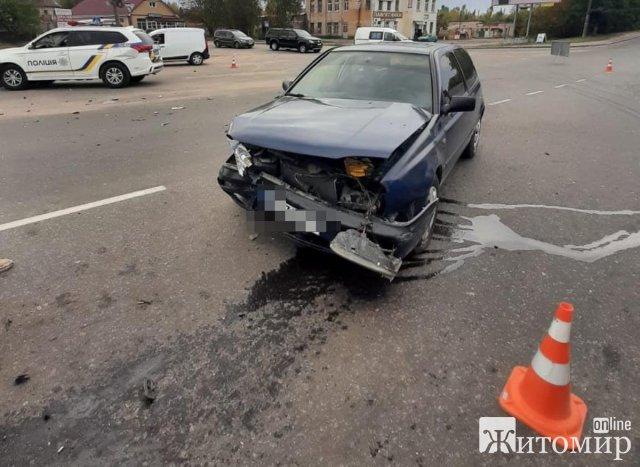 ДТП у Бердичеві: травмовано двох поліцейських. ФОТО