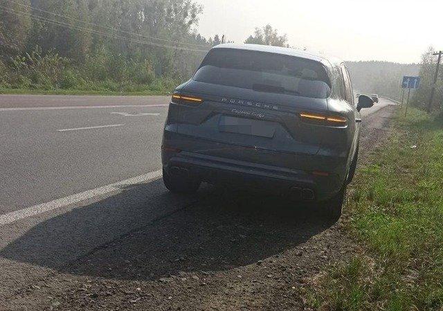 Під Житомиром поліція зупинила Porsche, який перевищив швидкісний режим майже у 4 рази. ФОТО