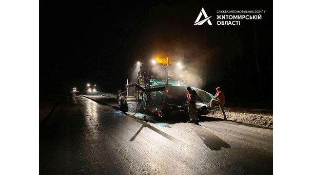 На Житомирщині триває ремонт траси М-21. ФОТО