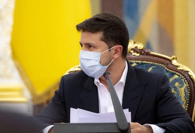 Зеленский показал, что он - слуга не украинского народа