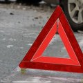 На трасі в Житомирській області BMW та Renault наїхали на чоловіка, що сидів на дорозі