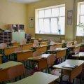 У школах починають працювати ДВК, хто вбереже дітей від коронавірусу?