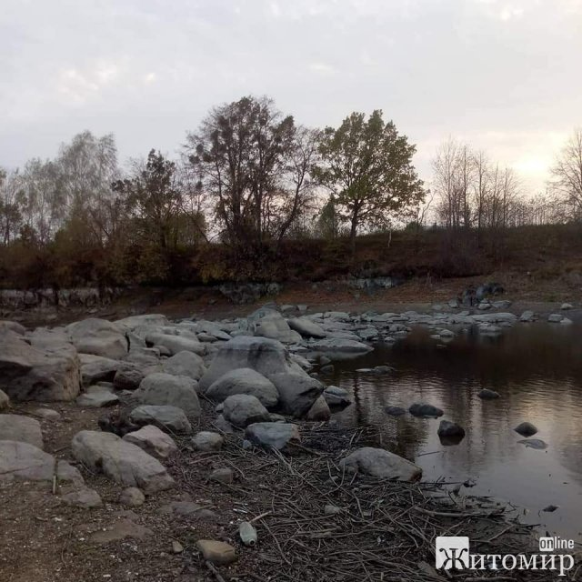 У житомирському водоканалі показали, що лишилося від повноводної річки Тетерів. ФОТО