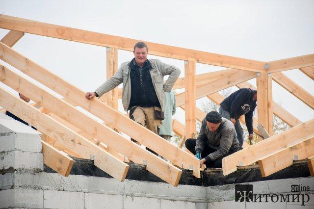 У Новій Боровій будують амбулаторію за понад 9 млн грн. ФОТО
