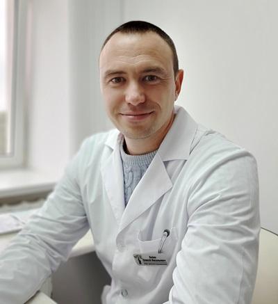 Травматолог Алексей Бойко: «Чтобы пожилому человеку избежать переломов, лучше никуда не спешить»