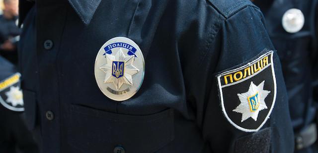 У Житомирі поліцаї жорстоко побили чоловіка, який відмовився вийти з автомобіля