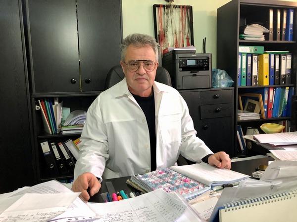 «При коронавирусе легкие начинают уничтожать сами себя», — львовский врач-патологоанатом