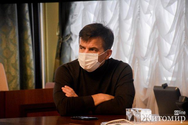 Голова Житомирської ОДА скликав термінову нараду через збільшення хворих на Covid-19