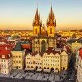 Чехія зобов'язала усіх іноземців покинути країну