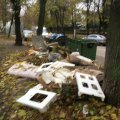 Житомиряни скаржаться на гори сміття на вулиці Шевченка