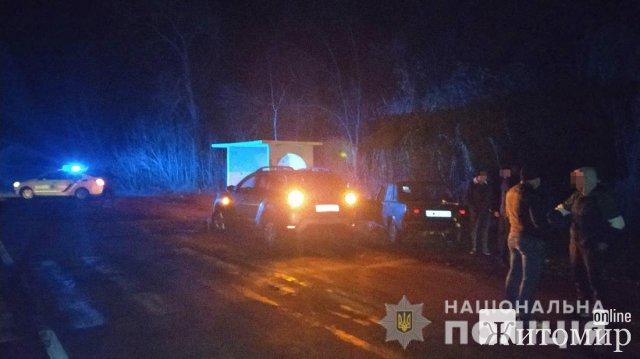 На Житомирщині молодик викрав Renault Duster і по дорозі зібрався підібрати пасажирів. ФОТО