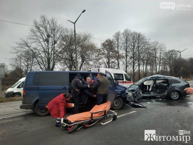 У Новограді-Волинському знову ДТП, з потерпілими. ФОТО