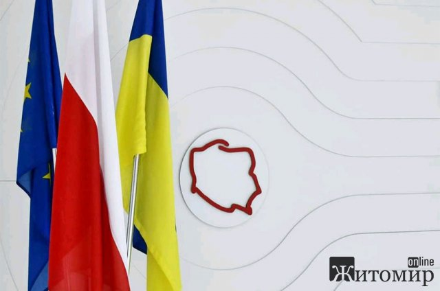 Коронавірус чи кількість кандидатів на отримання карти поляка стали причиною чергового закриття генконсульства Польщі у Вінниці?