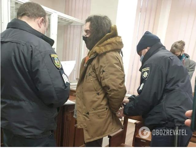Зіркового фотографа з Бердичева Ктиторчука запідозрили у зґвалтуванні 12-річної і груповому розбещен ...