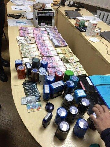 На Житомирщині прокуратура викрила схему ухилення від сплати мільйонних податків. ФОТО