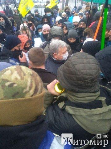 Підприємці Житомирщини блокують депутатам вхід до Верховної Ради. ФОТО. ВІДЕО