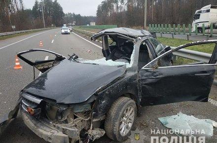 На Житомирщині п'яний водій в'їхав у відбійник. ФОТО