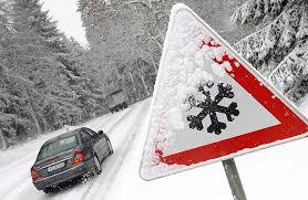 Куди автомобілісти можуть звернутися за допомогою, якщо застрягли в дорозі в Житомирській області