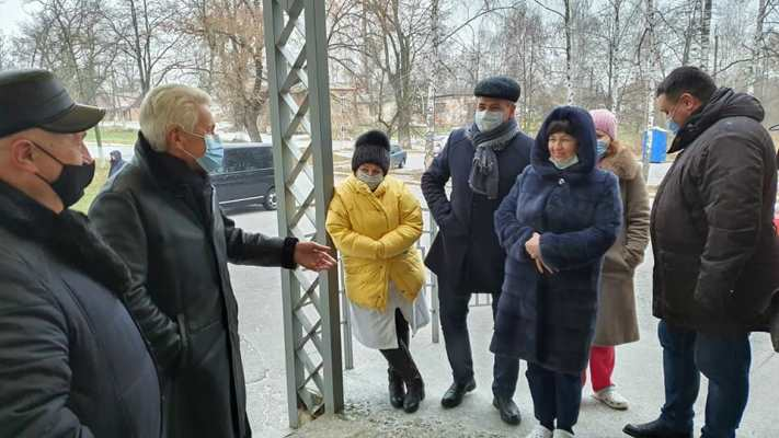 """Володимир Литвин у Коростені: """"Потрібно брати організацію життя у свої руки"""""""